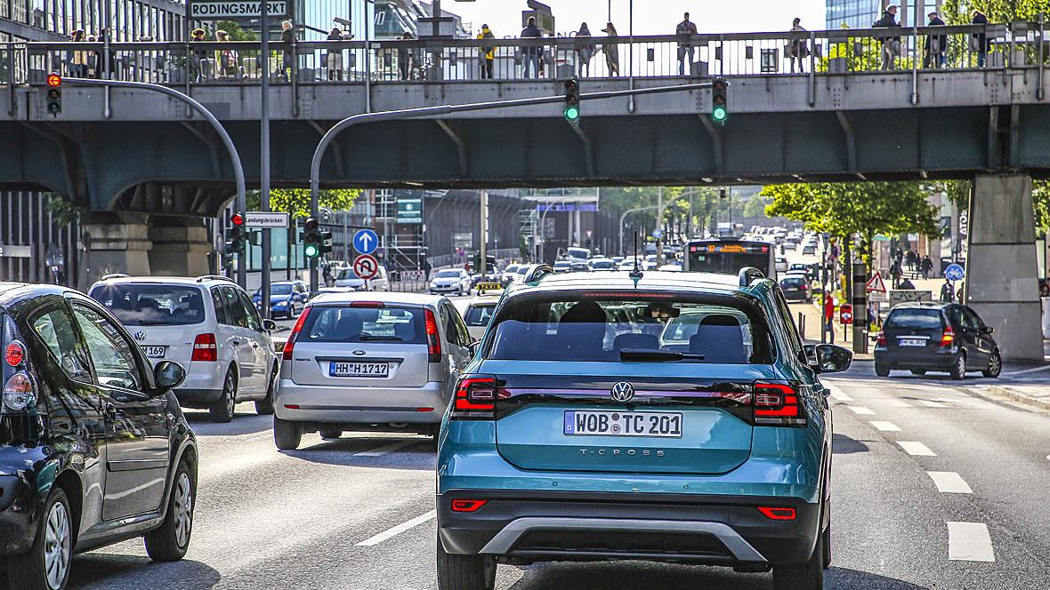 Авто-пік в Європі настане 2025 року: вулиціспорожняються